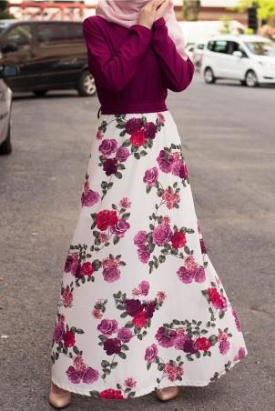 Eteği Çicek Desenli Tesettür Elbise