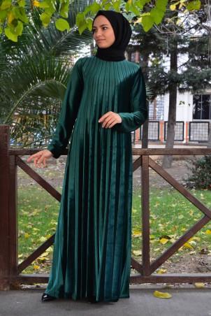 Piliseli Tesettür Elbise Kadife 1155 Zümrüt Yeşili